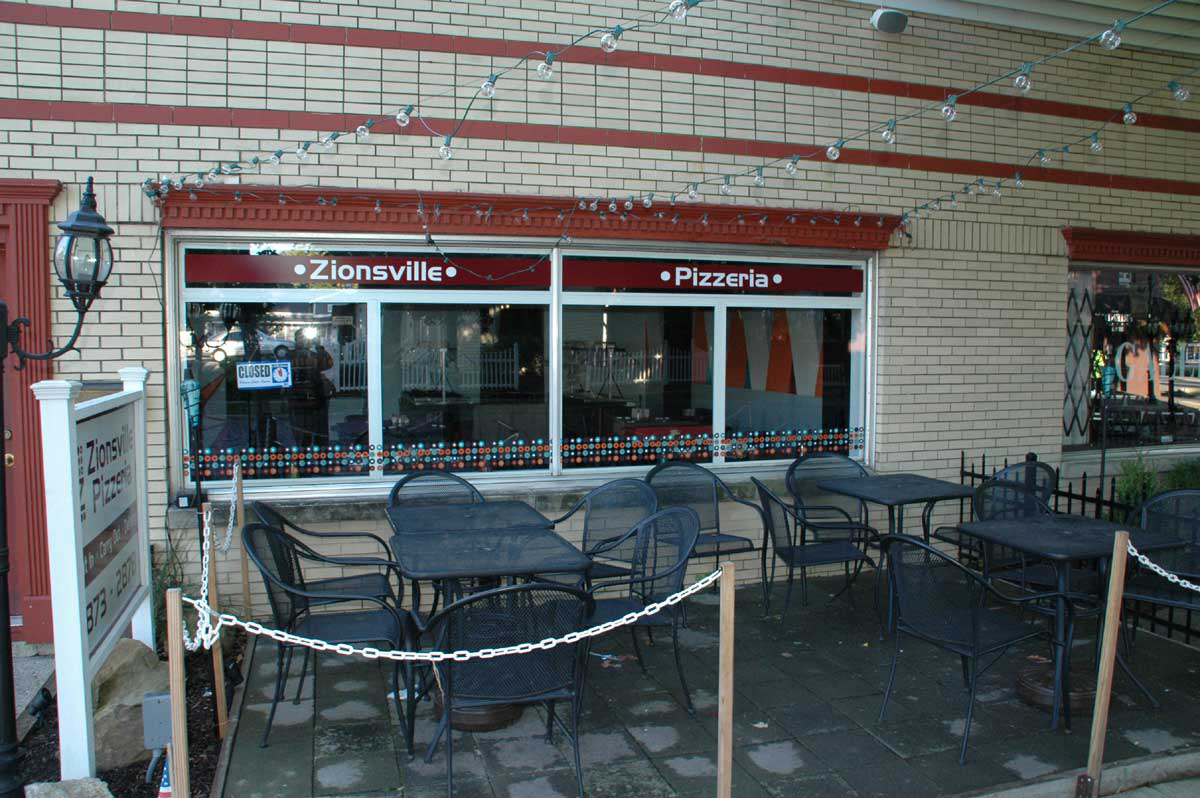 Zionsville Restaurants: Zionsville Pizzeria (opens in new window)