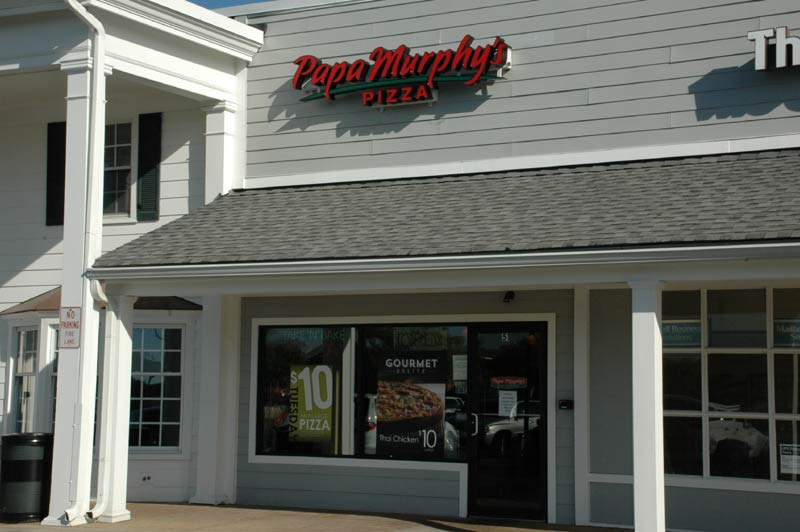 Zionsville Restaurants: Papa Murphy's Take 'n' Bake Pizza (opens in new window)