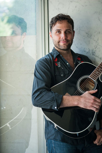 Zionsville Musician Brett Wiscons